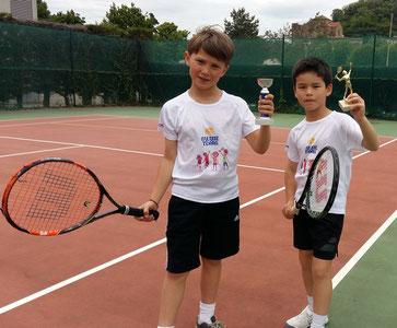 Victor et Nathan nés en 2008, vainqueurs de Défis Oranges en 2017