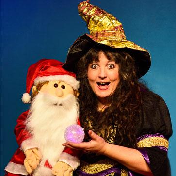 Astrid Gloria mit Weihnachtsmann, weihnachtliches Zaubertheater in Köln, Zaubershow für Kinder