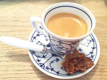 Espressotasse mit Florentiner