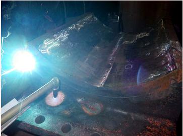 銅製電極の溶接補修です!