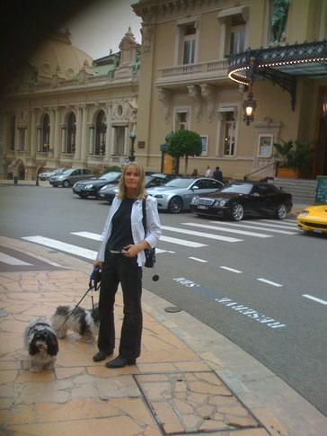 Hier sind wir in Monaco ....