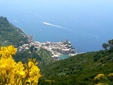 La via dei santuari sopra Vernazza, Cinque Terre