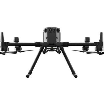 Matrice 200 es un dron que puede soportar distintas cámaras para cualquier proyecto profesional que requiera un trabajo exigente