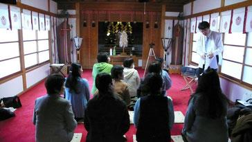 志木総鎮守・敷島神社拝殿にて作法講座