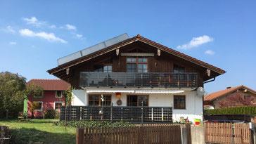 Solarbalkongeländer auf zwei Etagen