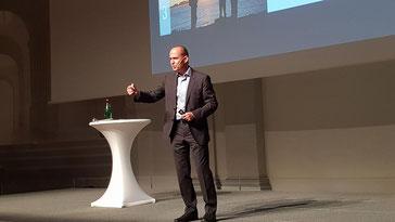 Frank Rebmann - Keynote Speaker, Vortragsredner, Buchautor - Vortrag Der Stärken-Code. Verwirklichen, was in Ihnen steckt auch in Ulm