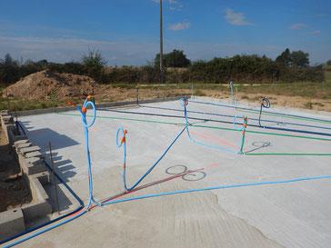 Installation de gaines blindées anti-rayonnement contre les champs électriques et électromagnétiques
