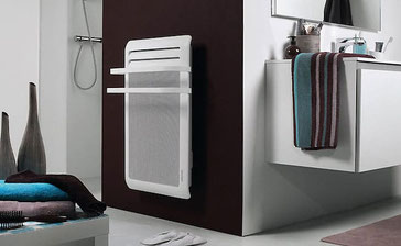 Radiateur sèche-serviette ATLANTIC dans la salle de bain