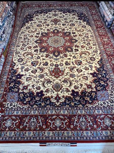 ESFAHAN wool&silk BAGHER SEIRAFIAN  325x218