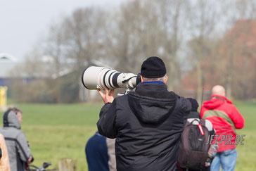 Spotter legt an  Leeuwarden Canon L
