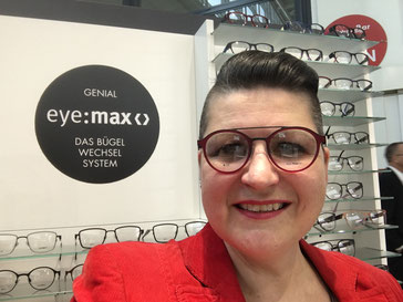 Eyemax Fassung in Trendfarbe Rot mit Doppelsteg