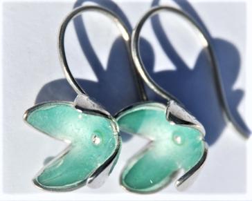 Fleur-émail turquoise clair