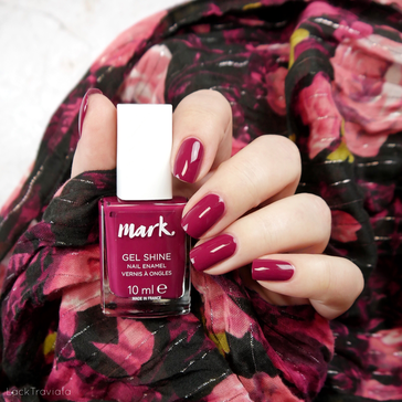 mark. by AVON • VERY BERRY