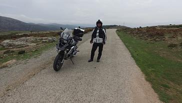 Kurvenreiche Strecken, gute Fahrübungen zum praktischen Gebrauch. Organisation durch die Auto Motorrad und Motorbootfahrschule Schä in Luzern. dies zu günstigen Preisen.