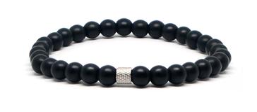 Bracelet noir avec un bijoux en acier