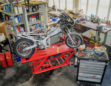 Arbeitshebebühne für Motorräder