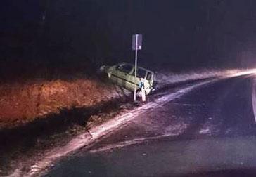 Unfallstelle auf der L395 zweischen Eisenberg und Ramsen. Foto: Polizei Kirchheimbolanden