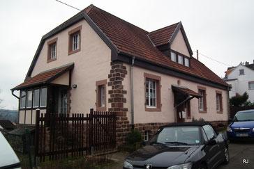 Pfählerhäuser Dudweiler, Pfählerstraße 19/21/23, Bj. 1908-09, Architekt Victor Hendler