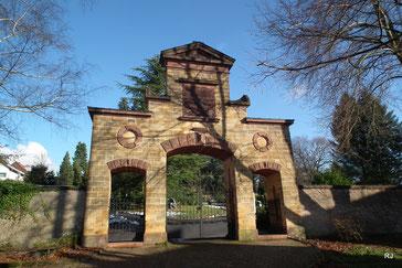 Friedhofsportal, Friedhof, Dudweiler, 1901
