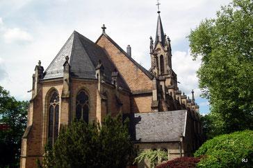Kath. Kirche St. Marien, Maria Himmelfahrt, 1866, Dudweiler, Kirchenstraße 1