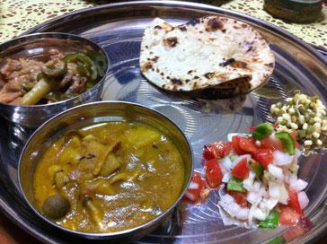インド家庭料理(季節によって内容は異なります)