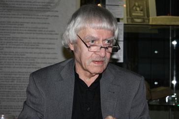 Andreas Reimann, der Altmeister der Sächsischen Dichterschule, wird in München von Clemens Meyer präsentiert / Foto: P.H.