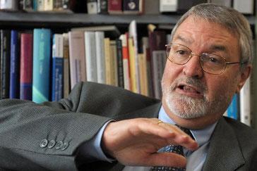 Arbeitspsychologe Norbert Semmer wird bei der Initiative «6 Wochen Ferien für alle» Ja stimmen.