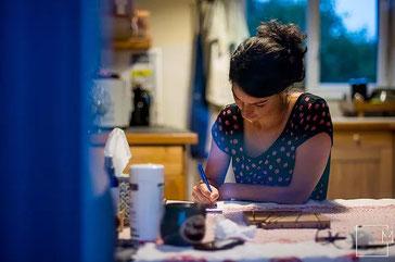 Scribeuse - Rédactrice de contes de faits - Crédit Photo : Milie - Photographe de l'Instant