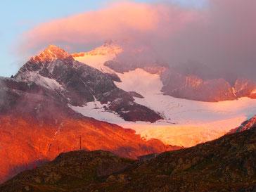 Schweiz: Abendstimmung am Sustenpass - 2.269 m hoch