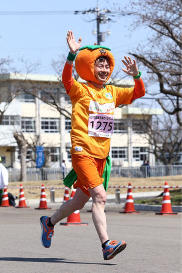 福井県で岐阜の柿を宣伝