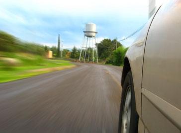 Schnell fahrendes Auto, Automotive