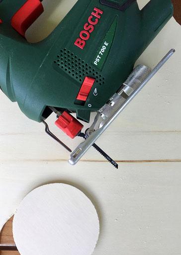 Dose Upcycling DIY Holzdeckel mit Stichsäge  von Bosch