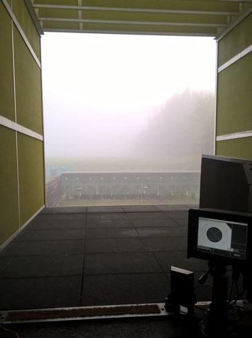 Früh morgens noch dichter Nebel in der Schiessanlage Hülsenmoos...