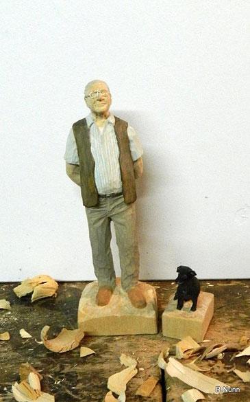 Portait Figur aus Holz - mein Opa mit Lilli