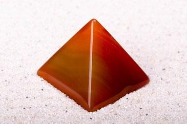 Pyramide Shungite - matrix de la santé - casa bien-être