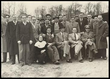 Bestuur en leden van MC De Zandklievers Neeroeteren in 1953
