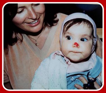 Angelina Haug wusste schon früh um ihre Beruf als therapeutische Klinik-Clownin. Das sie später mal in Esslingen, Stuttgart, im Landkreis Esslingen und im Landkreis Stuttgart auf Clownsvisite gehen würde, das wusste sie allerdings noch nicht.