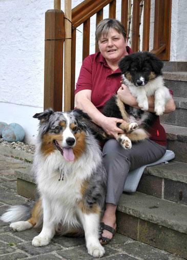 Kathi Bronauer mit Sammy und Klein-Blacky