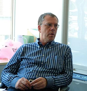 Dieter Wagner im Gespräch mit einem Beratungskunden