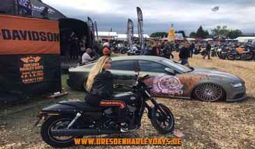 Harley, Motorrad, sexy Blondine, Festival, Harley Days, Dresden