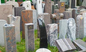 Um die Pflege und Nachbearbeitung von Grabmälern kümmert sich Grabmale Mölders aus Duisburg