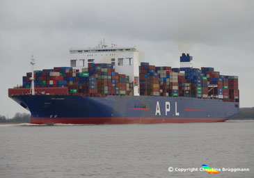 Containerschiff APL CHANGI