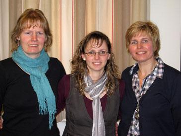 Susanne Gleitze, Kassiererin;   Cindy Schmitt, Stellv. Frauenleiterin;   Annette Flemnitz, 1. Frauenleiterin