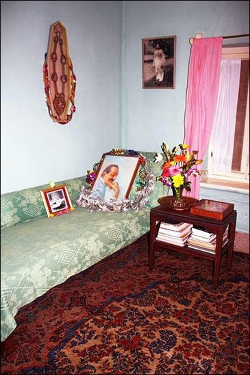 BABA'S Gadi in the corner of the sitting room in Meherazad