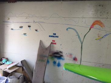 征太郎ワールド!工場の壁がキャンバスに! 見に来て下さいね~