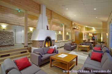 Hotellobby im Blockhaus - freigeplante Blockhäuser - Wohnlockhaus - Hotel - Restaurant  - Holzhäuser in massiver Blockbauweise - Architektenhaus