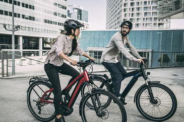 In der e-motion e-Bike Welt in Würzburg können Sie sich Zubehör aller Art ansehen.