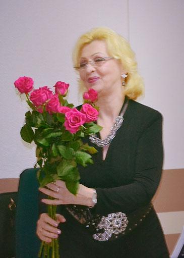 Foto von Galina Muchnik (Leiterin des Chors 'Rina')