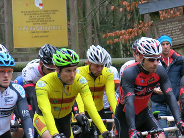 Robert Gorgos und Stefan Knauer am Start des Fürther Crossrennen