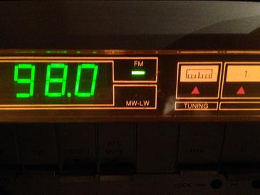 Radio Display mit Frezquenz Anzeige